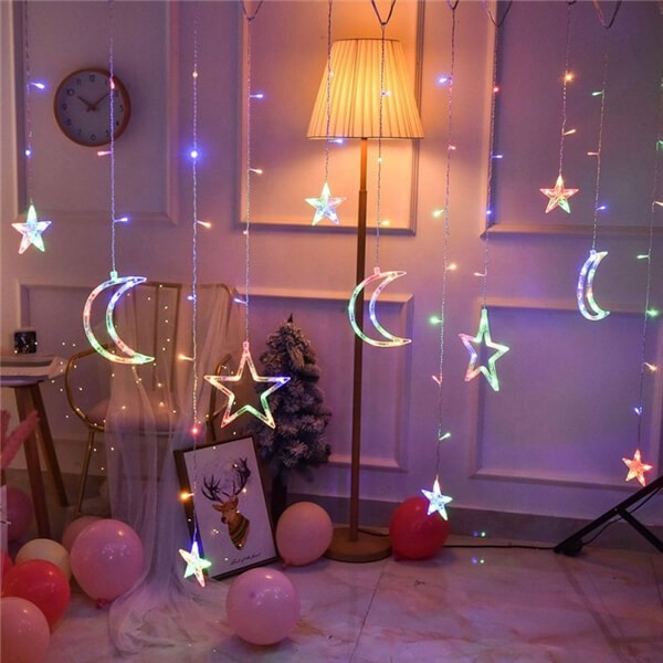 Solar LED moon stars curtain string lights 12